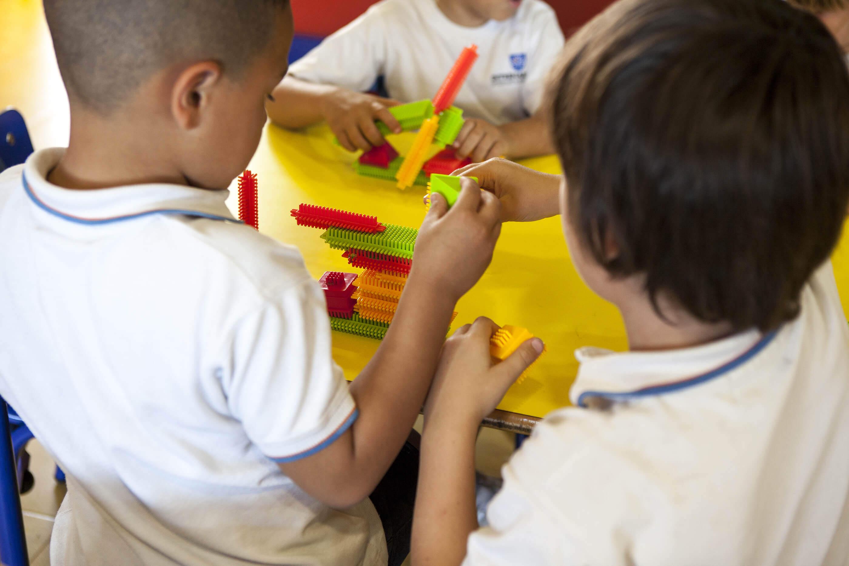4 aulas del colegio entrenaranjos international school