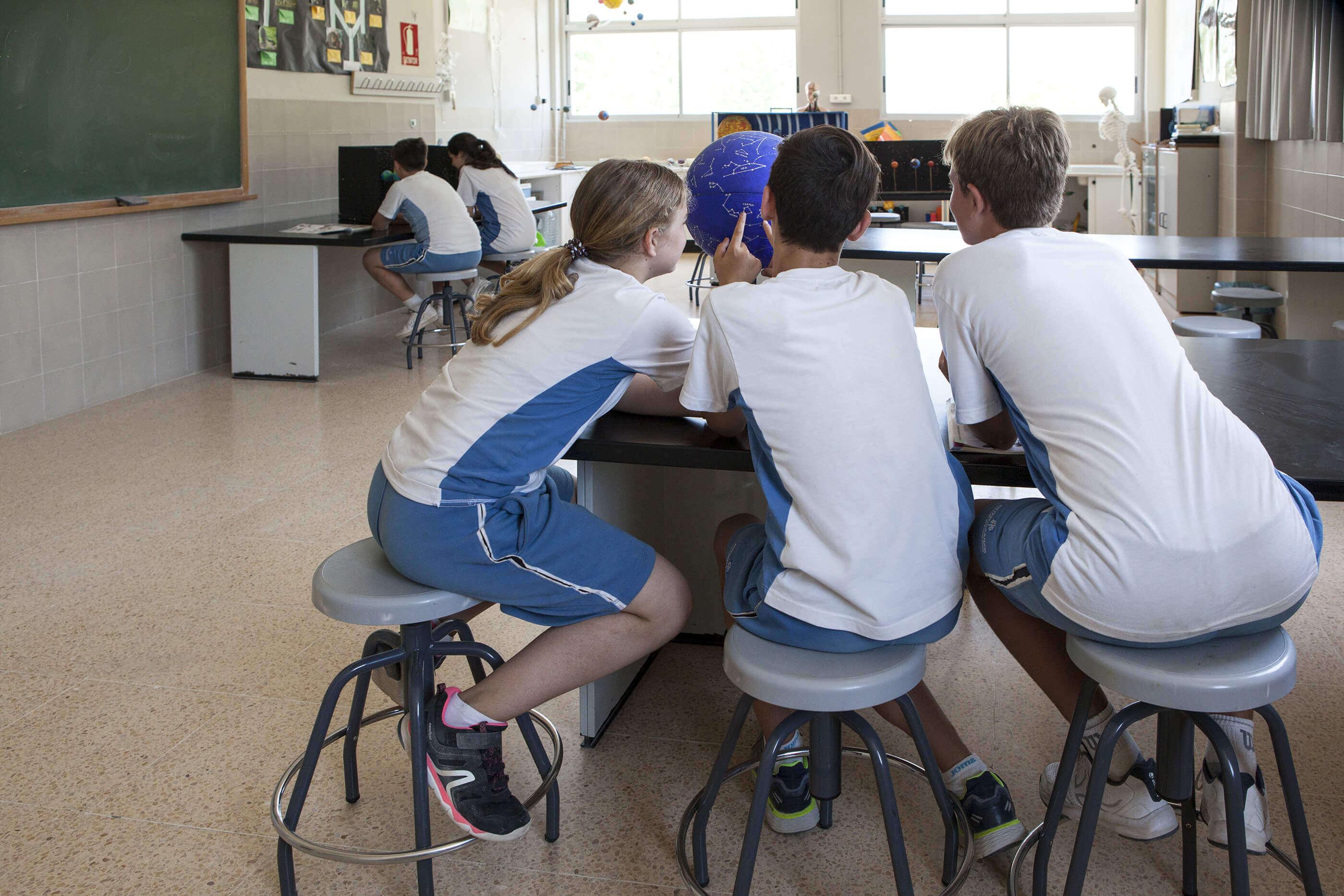 9 aulas del colegio entrenaranjos international school