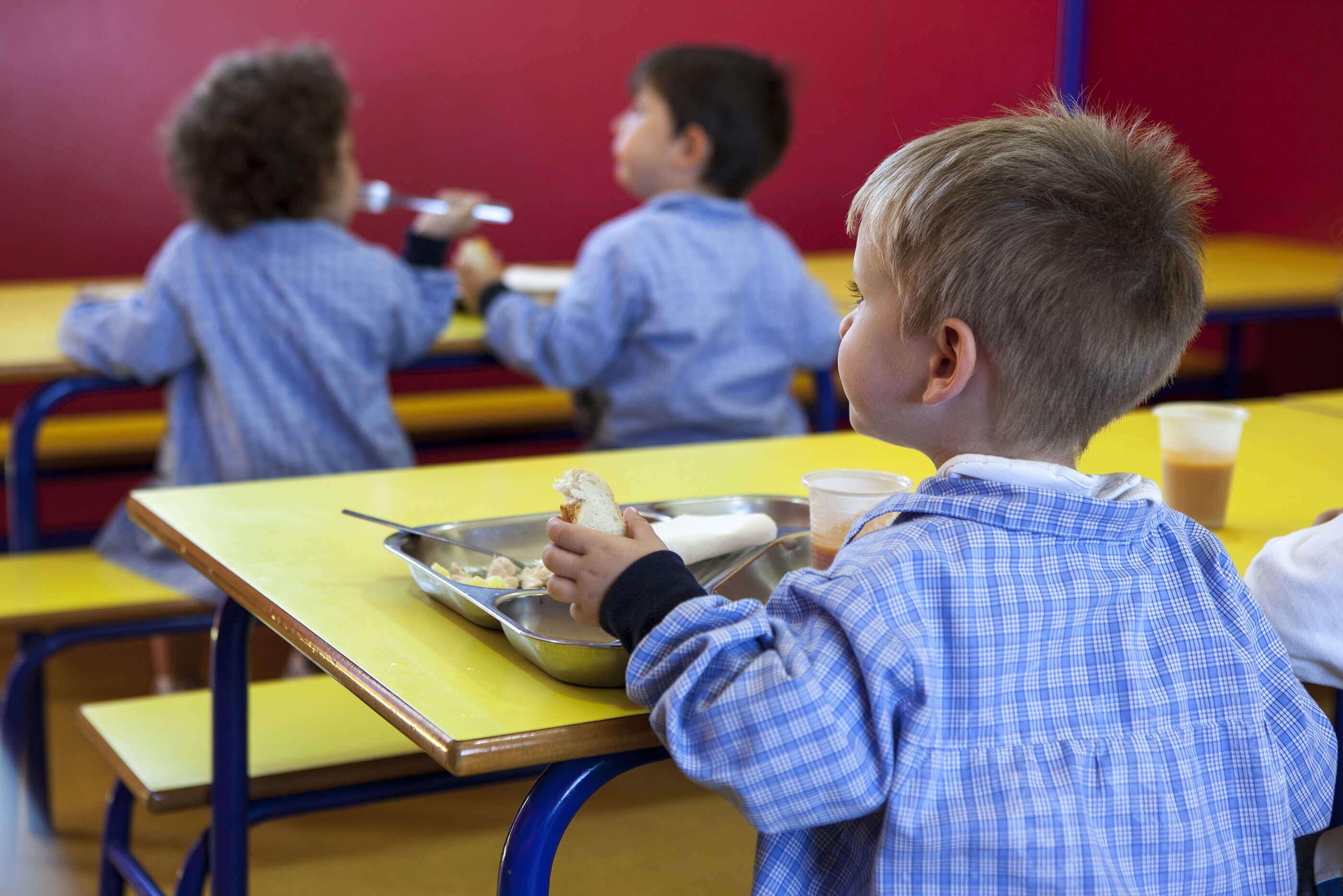 1 comedor del colegio entrenaranjos international school